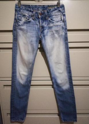 Стильные джинсы jw04(le03)