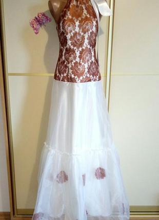 Платье, гипюр, атлас, фатин в цветы.