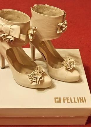 Вечерние туфли fellini