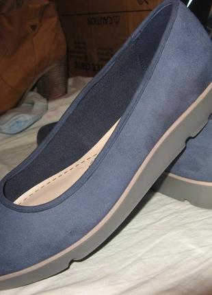 Балетки кеды туфли clarks оригинал замша новые размер 38 по стельке 25 см.