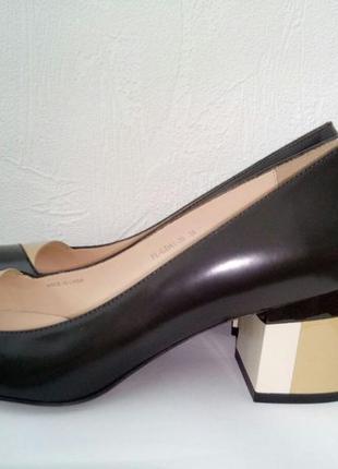 Кожаные туфли carlo pazolini!!! оригинал!