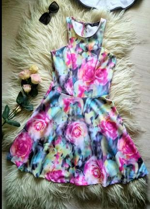 Кружевное платье от miss selfridge
