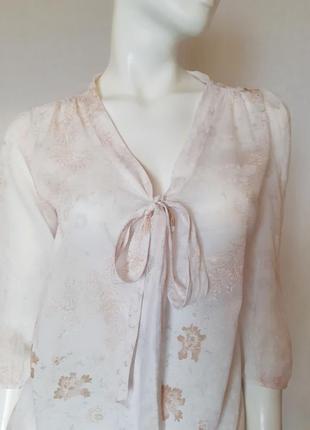 Нежная батистовая блузка с бантом