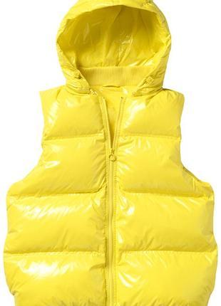 Ярко-желтый жилет adidas  .размер s
