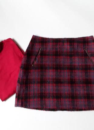 Теплая юбка в клетку с карманами на молнии