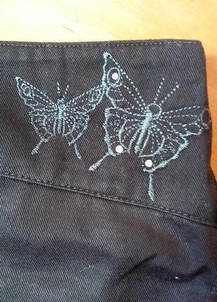 Фирменные брюки для школьницы
