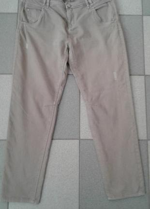 Зауженные джинсы charles vogele, модные потертости