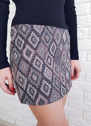 Классная юбка в орнамент на осень от bik bok