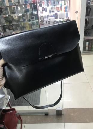 Кожаная сумка сумка кожаная через плечо чёрная италия