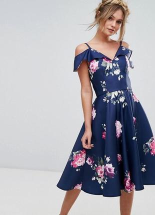 Платье миди с оборкой chi chi london