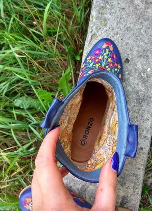 Сапожки ботинки вышитые5 фото