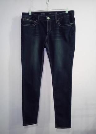 Оригинальные синее стрейчевые джинсы levis 33