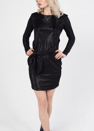 Яркое платье-трансформер черного цвета