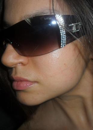 Шикарные бредновые очки diesel новые не носились