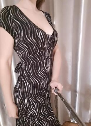 Очень красивое платье от marks&spencer