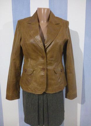 Гарний шкіряний брендовий жакет куртка