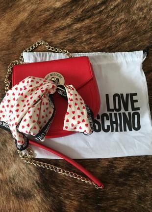 Сумочка love moschino