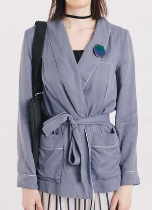 Серый пиджак в пижамном стиле от h&m