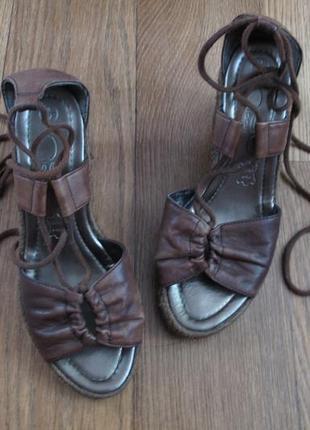Босоножки кожаные new look (на платформе)