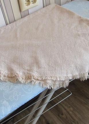 Овальная скатерть из натуральной ткани