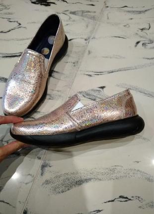Новые натуральная кожа кожаные кроссовки туфли слипы осень