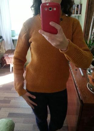 Теплый свитер, крупная вязка