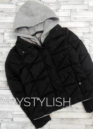 Крутая курточка с трикотажным капюшоном и вставкой