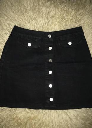 Юбка джинсовая черная трапеция на пуговицах с заклепками винтаж topshop