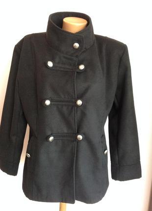 Итальянское короткое пальто. /xxl/ brend ambra