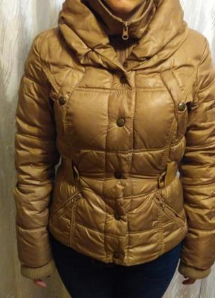 Куртка короткая на синтепоне mango