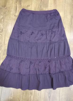 Хлопковая длинная юбка с вышивкой и прошвой.