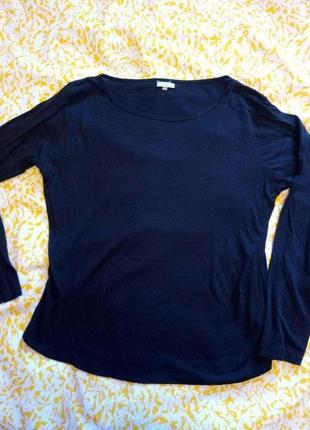 Черная тонкая футболка с длинным рукавом 18 размер, длина 62см