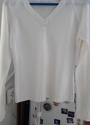 Белый джемпер свитер свитерок
