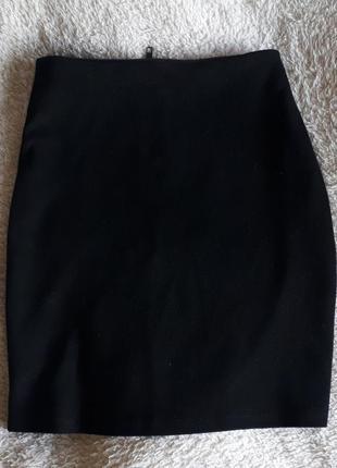 Короткая черная юбка с люрексом