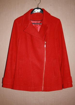Актуальное демисезонное пальто косуха tu