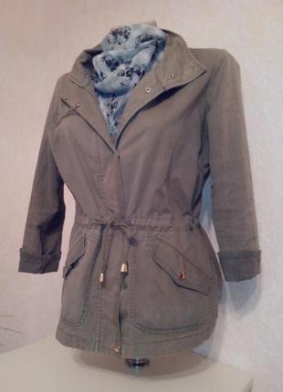 Классная куртка-ветровка, р.s