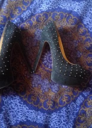 Нeймовірні туфлі італія