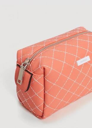 Новая косметичка mango стёганная сумка клатч пенал персик