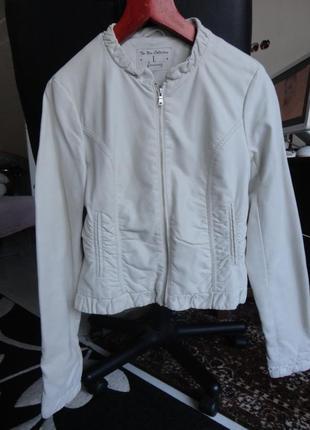 Курточка кожаная stradivarius