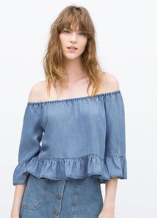 Блуза denim c открытыми плечами и воланами m/l