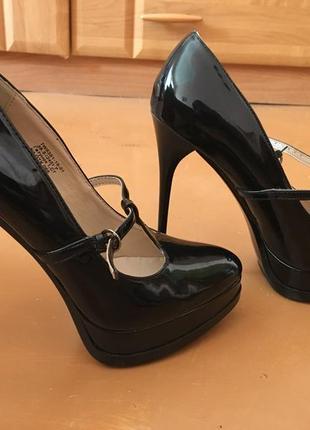 Лаковые туфли centro