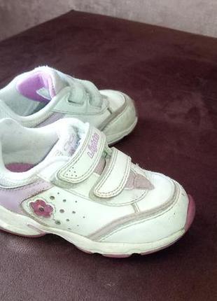 Кросівки з мигалками 22 р. для дівчинки. кроссовки