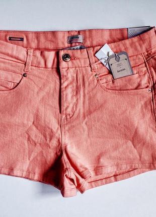 Высокие джинсовые мини шорти с високой посадкой
