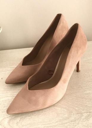 Пудровые туфли stradivarius