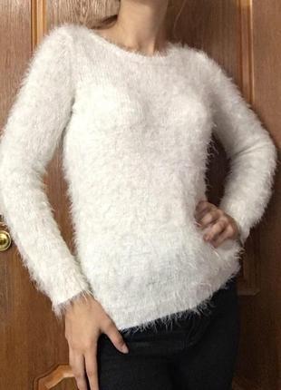 Пушистый свитер h&m