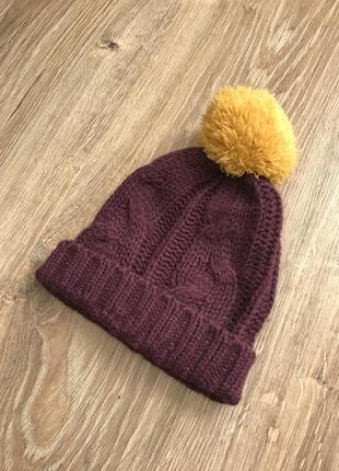 """Стильна шапка при покупці """"двох """" речей """"третя """" в подарунок"""