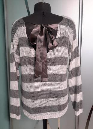 Акриловый пуловер /джемпер с бантом
