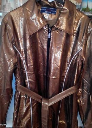 Куртка новая р 50. легкая. модного цвета