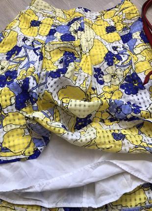 Очень шикарная летняя юбка на подкладе. органза. размер 48-50