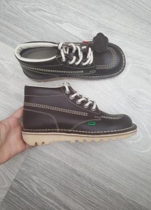 Новые kickers ортопедические ботинки детские 34 - 35 размер коричневые